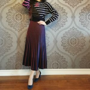 New pleated knit skirt